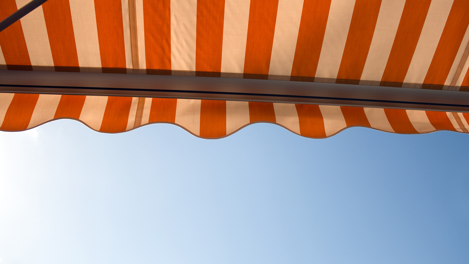 Custom Awnings & Screens in Frankfort, KY | Kentucky Awning